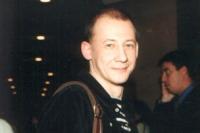 2001_04